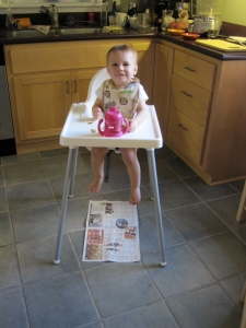 Yesterday's news can become a handy tool for keeping the kitchen clean.